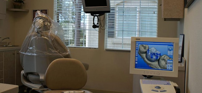 CEREC Same-Day crown machine in our state-of-the-art dentist office in Visalia.