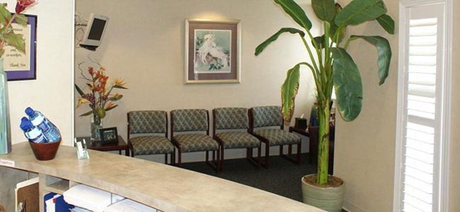 The waiting room of Michael T. Bodensteiner, DDS, a dentist office in Visalia.